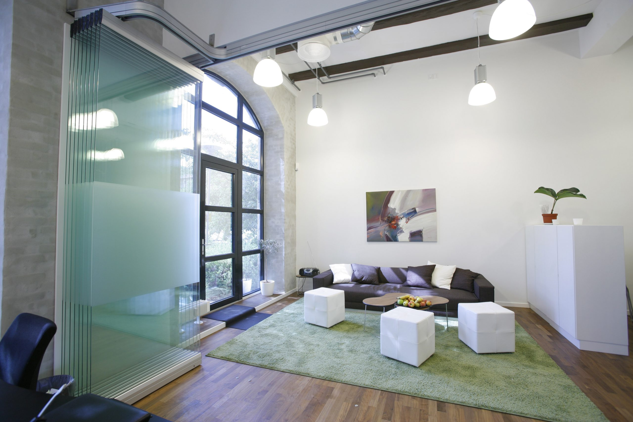 Mobile Glastrennwand